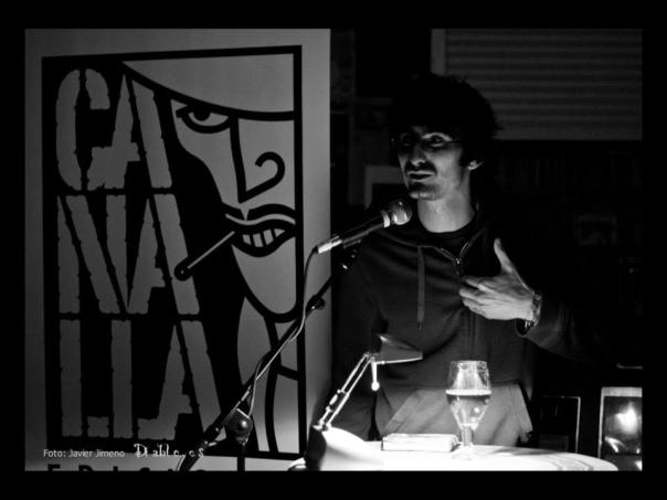 andrelo-lesmes-rodilla-prostíbulo-poético-gruta-77-presentacion